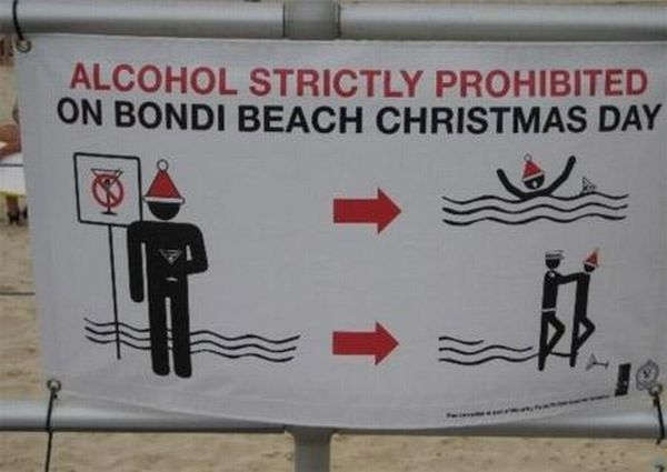 Funny and Awkward Beach Signs (10 pics)