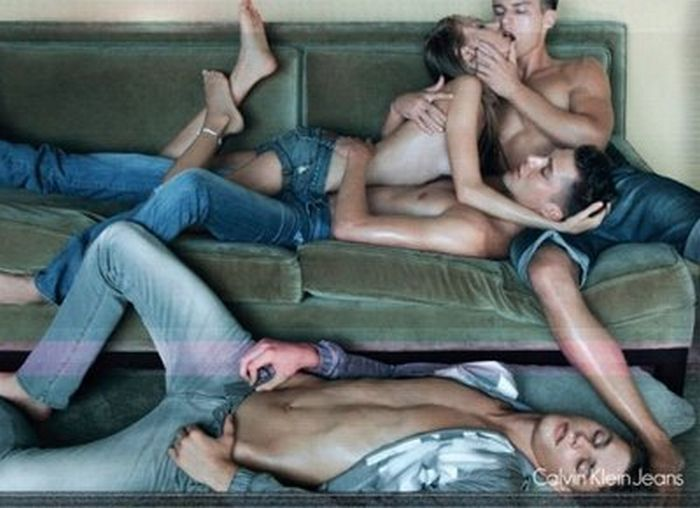 Sex in Advertisement (46 pics)