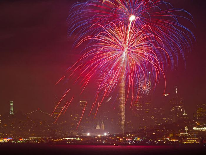 July the Fourth: Fireworks (18 pics)