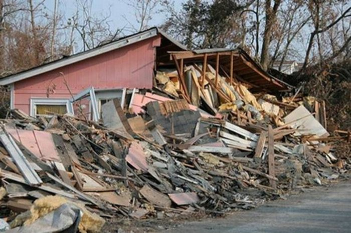 After the Alabama Tornadoes (11 pics)