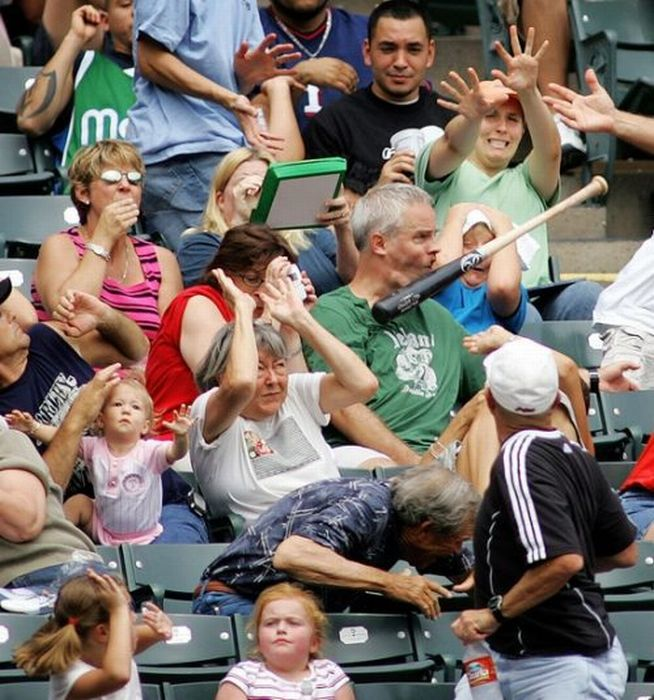 Baseball Hurts (21 pics)