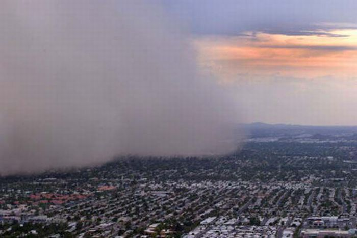 Dust Storm in Phoenix (31 pics + video)