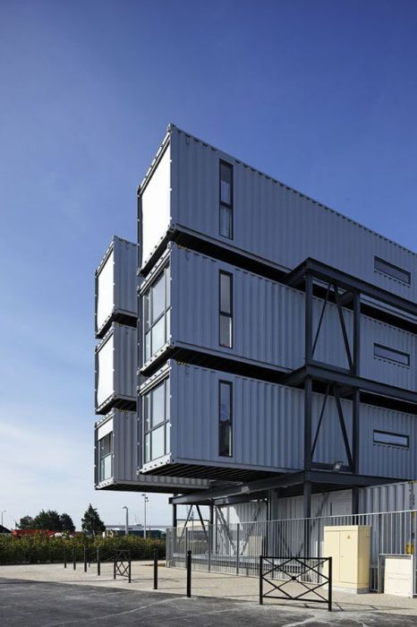 Student Dorm Rooms Made From Shipping Containers (15 pics)