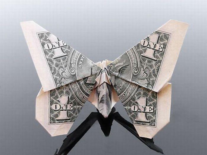 Gorgeous Dollar Bill Origami Art (35 pics)