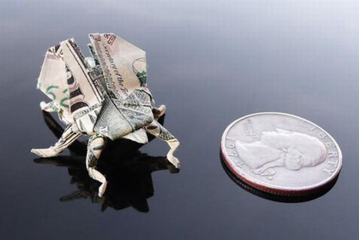 Gorgeous Dollar Bill Origami Art (35 pics)