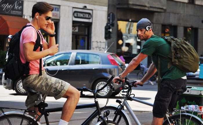 Boys on the Streets of Milan (14 pics)