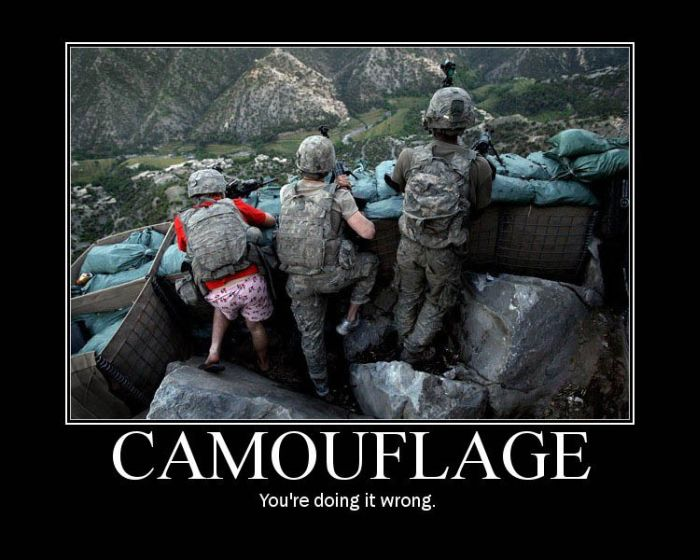 """You're Doing It Wrong"" Demotivational Posters (75 pics)"