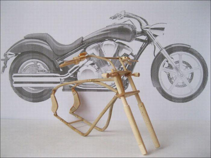 Wooden Miniature Motorcycles (13 pics)