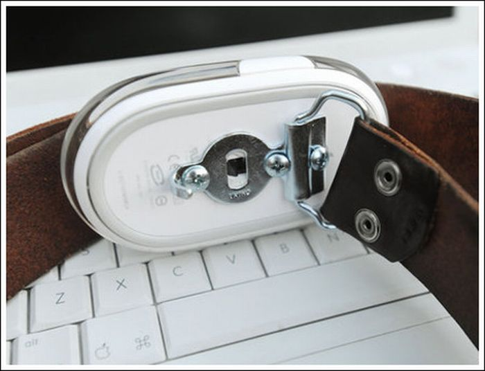 Computer Mouse Belt Buckles (11 pics)