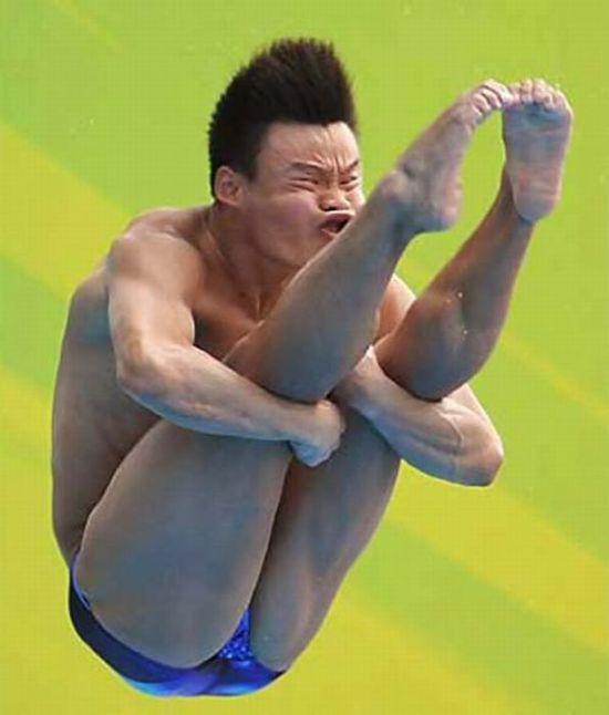 Funny Faces of Divers (22 pics)