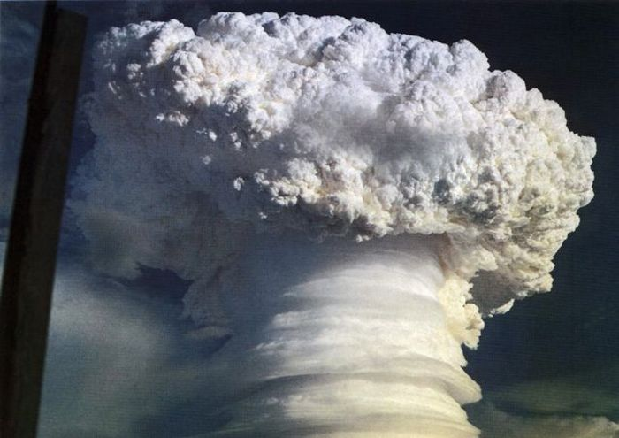Nuclear Explosion Pictures (31 pics)