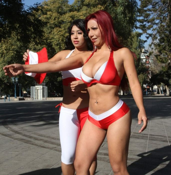 Sexy Female Fans of Copa America (48 pics)