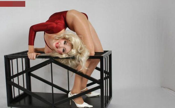Zlata: The World's Most Flexible Woman (73 pics)