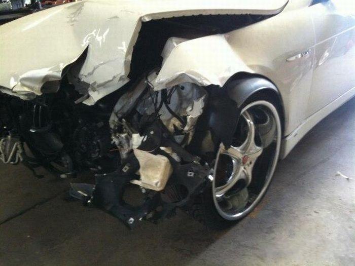 BMW Repair (21 pics)
