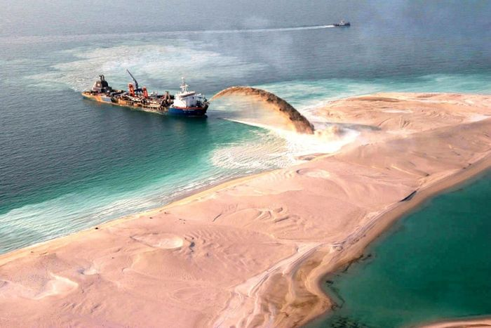 Man Made Islands in Dubai (13 pics)