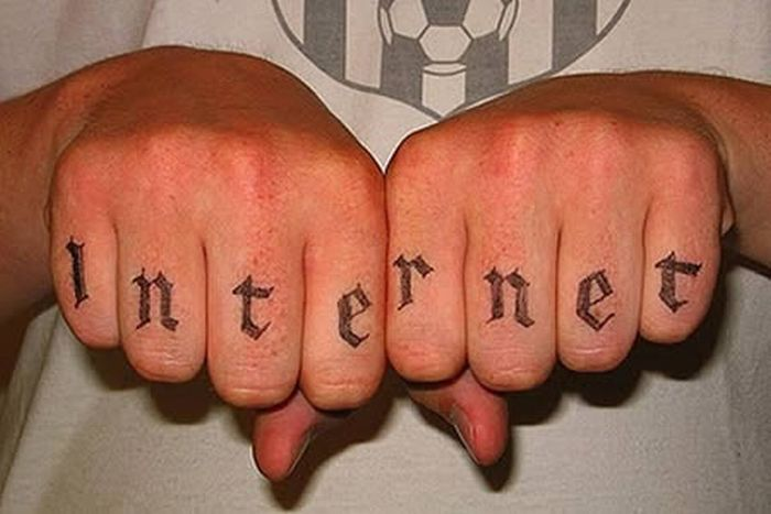 Social Web Tattoos (11 pics)