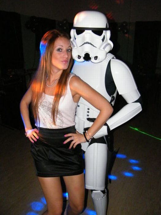 Hot Girls Posing With Stormtroopers (13 pics)
