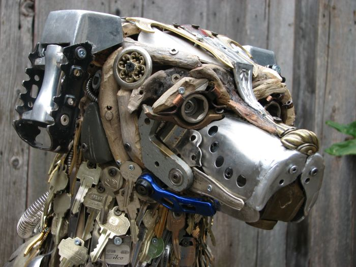 Garbage Sculptures (11 pics)