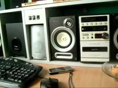Mega Bass 2000 Watt at Home