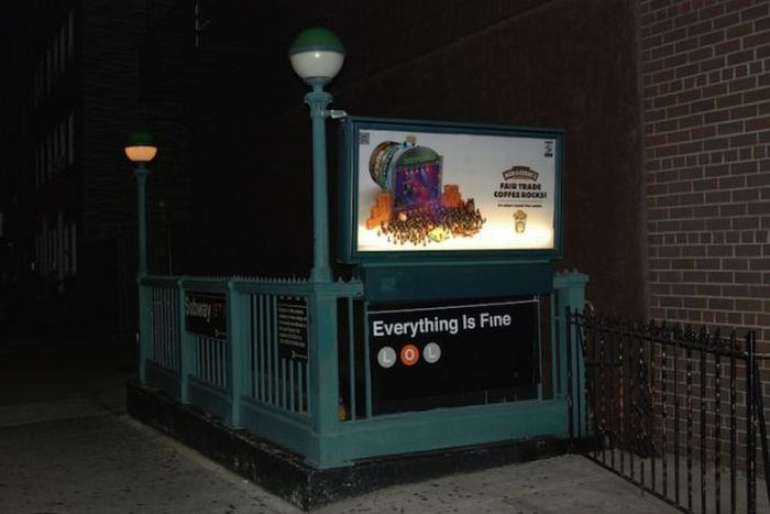 """Feel Good"" Signs in NYC Subways (7 pics)"