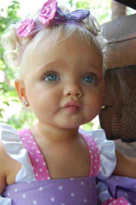 Little Barbie (9 pics)