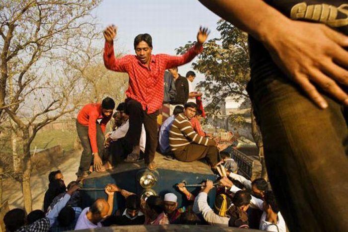 Bangladesh Train Hopping (20 pics)