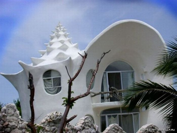 Unusual Houses (120 pics)