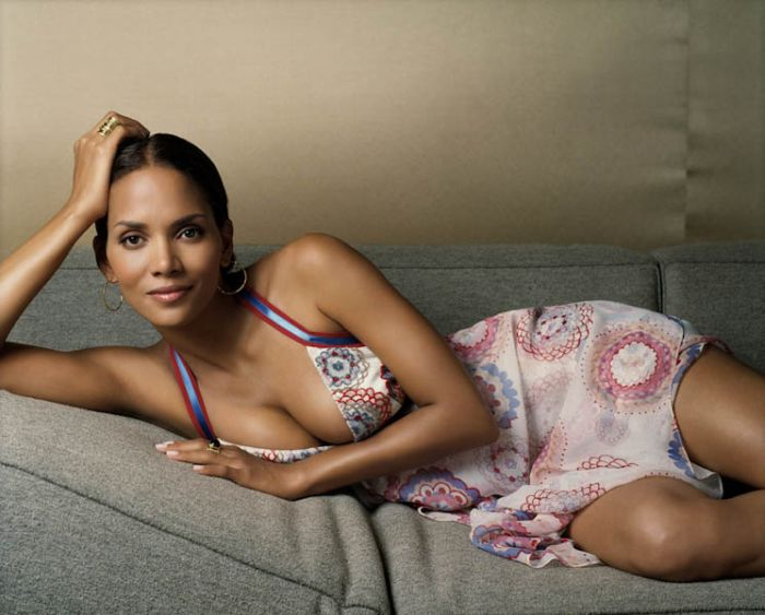 Sexiest Halle Berry Photos for Her 45th Birthday (49 pics)