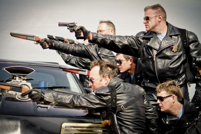 Mad Max Movie Photo Set  (27 pics)