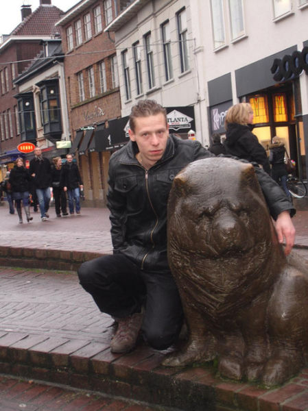 Ridiculous Pics of Dutch People (25 pics)