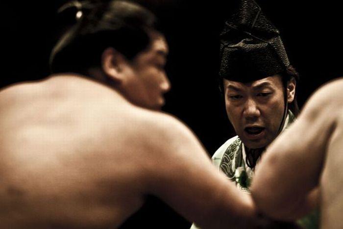 Sumo Wrestling (21 pics)