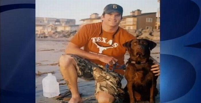 Dog Misses His Military Dad (3 pics)