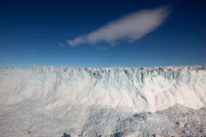 Icy Landscapes of Greenland (33 pics)