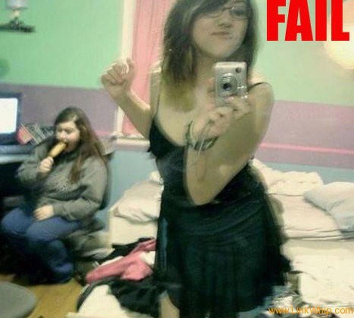 Girl Self Shot Fails (13 pics)