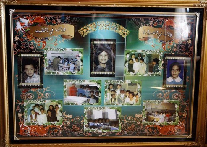 Libyan Rebels Inside Muammar Gaddafi House (15 pics)