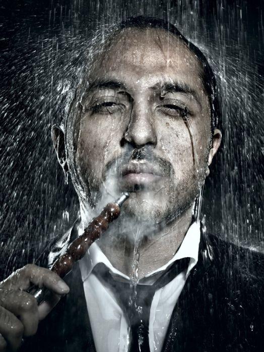 Emotional Under the Rain Photos (12 pics)