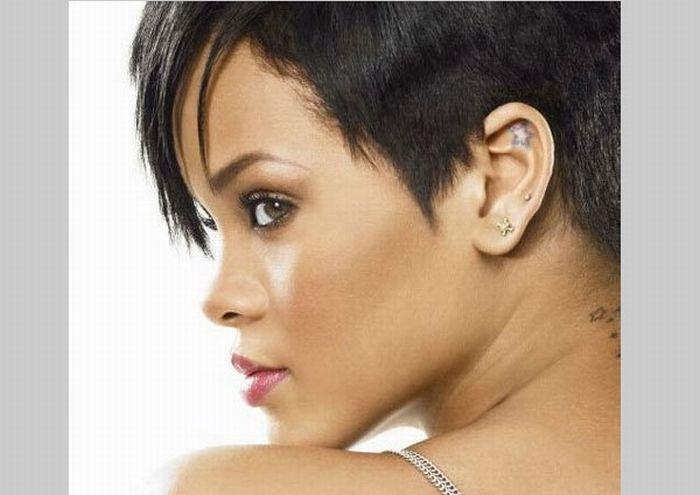 Check out Rihanna's Tattoos (20 pics)