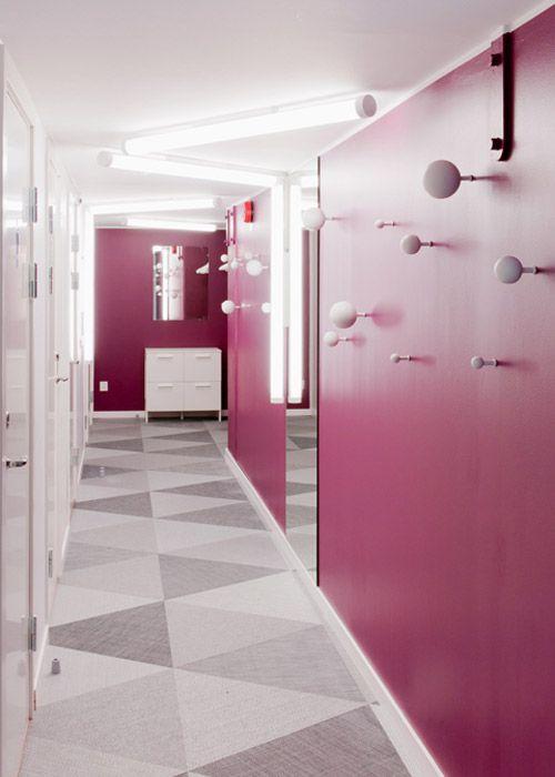 Luxury Skype Office in Stockholm (22 pics)