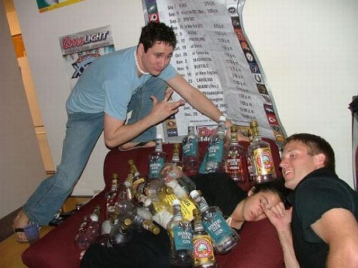 Funny Drunk People (63 pics)