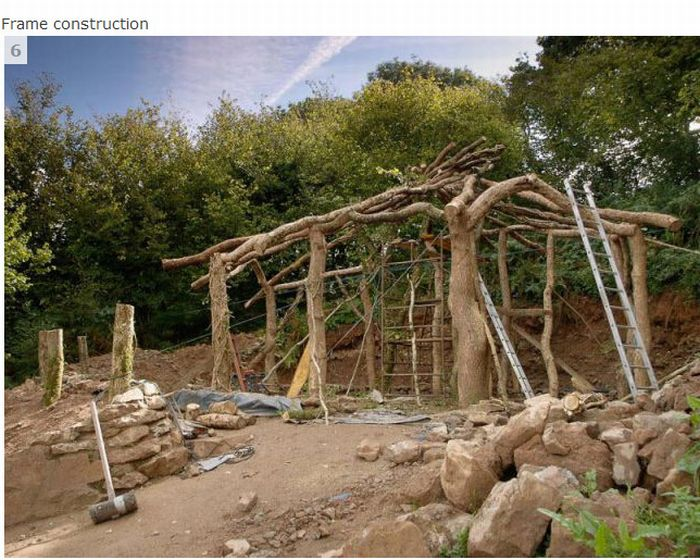 How to Build Your Own Home for $5,000 (16 pics)