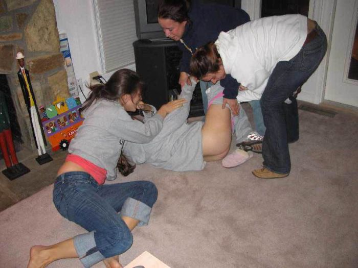 Drunk girls passed out naked pic 99