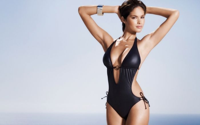 Sexy One Piece Swimsuit Girls (25 pics)