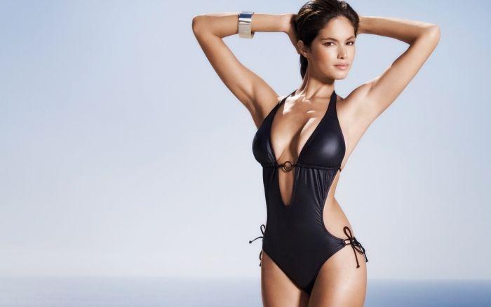 Sexy One Piece Swimsuit Girls (25 pics)