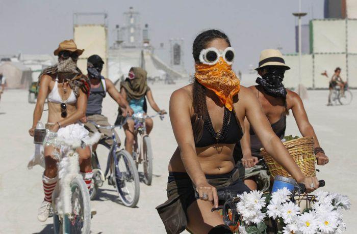 Burning Man Festival 2011 in the Black Rock Desert (62 pics)