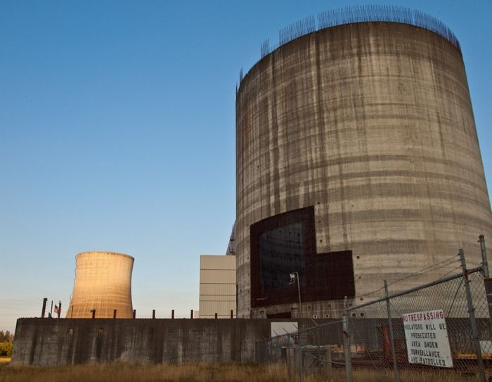 Abandoned Satsop Washington Nuclear Plant in Tacoma (15 pics)