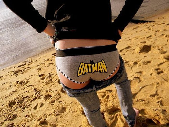 Girls Wearing Sexy Superhero Undies (26 pics)