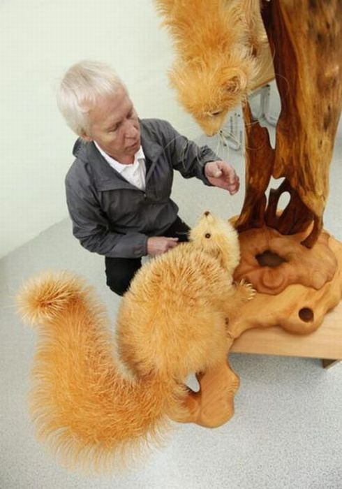Awesome Wood Carving (23 pics)