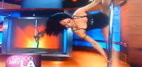 Hilarious Pole Dancing Fail Compilation 2011 (video)
