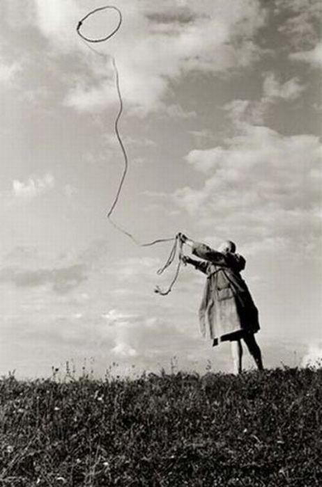 Extraordinary Black And White Photography (36 pics)