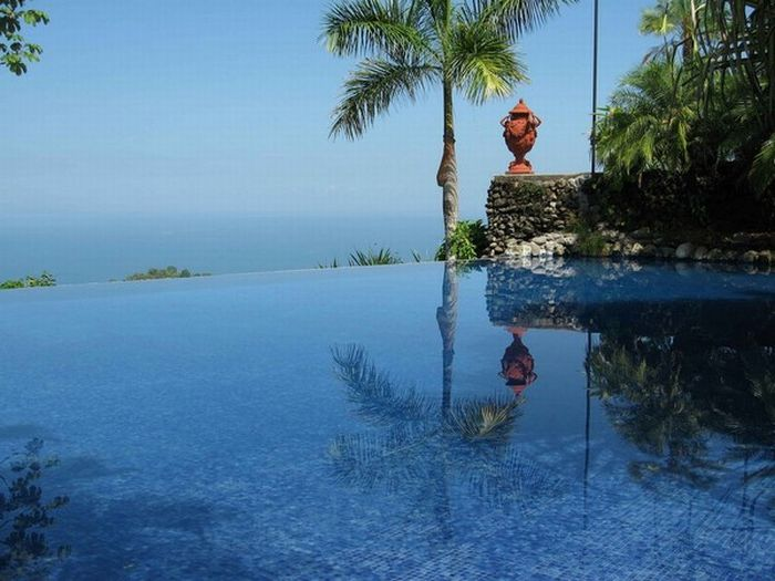 Outstanding Infinity Pools to Blow Your Imagination (28 pics)